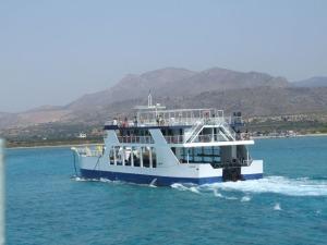 Traghetto per l'isola di Elafonissos